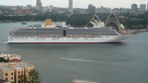Arcadia arriving on maiden voyage Feb 2009