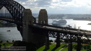 Pacific Jewel approaching western side of Harbour Bridge after departing from the White Bay cruise terminal