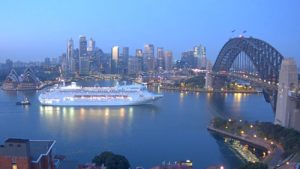 Pacific Jewel arriving just after dawn 6 Sep 2016