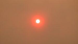 Sunset through smoke from bushfires around Sydney  Dec 2001